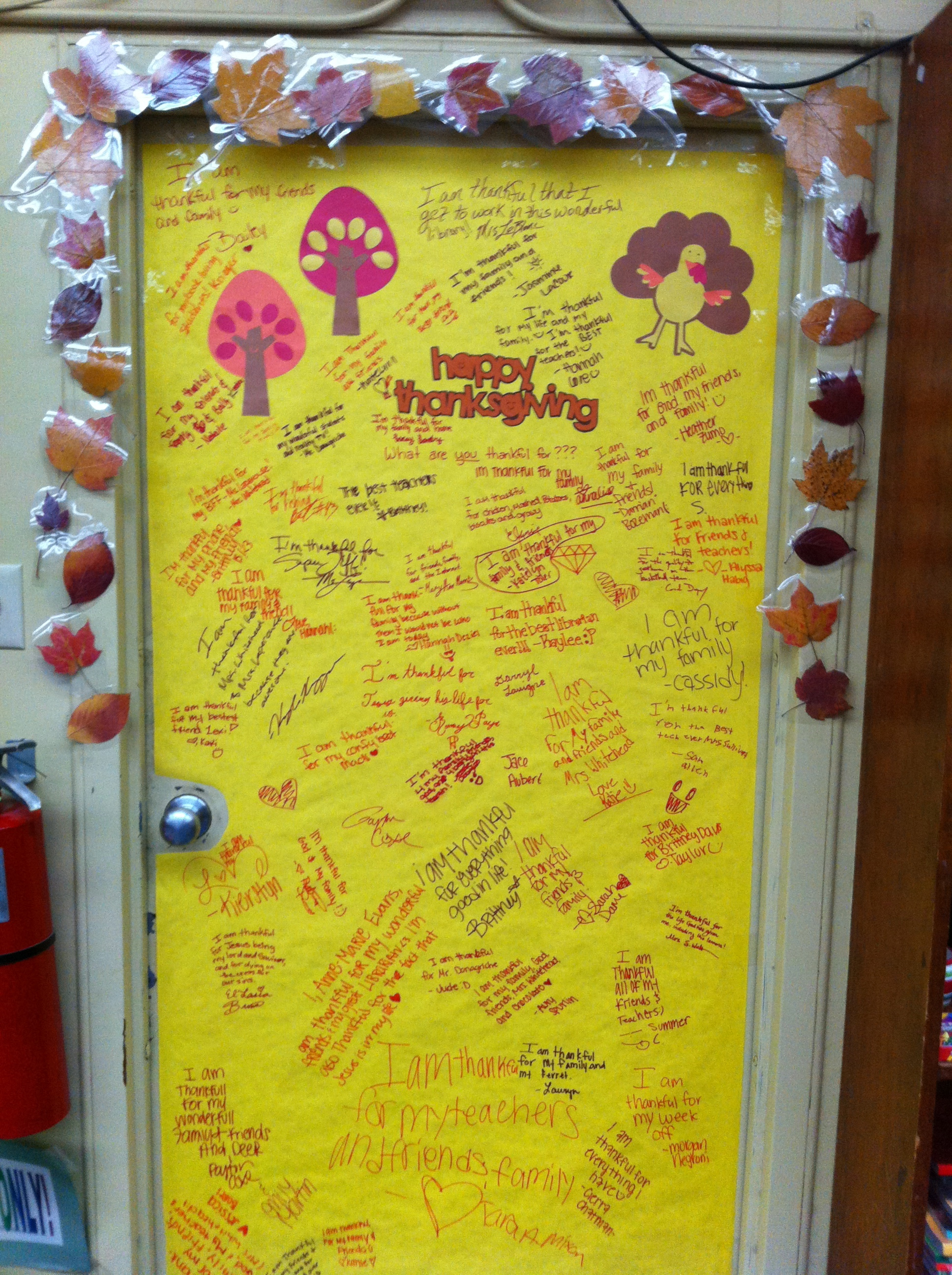 Obsessed with decorations mighty little librarian for Autumn classroom door decoration ideas
